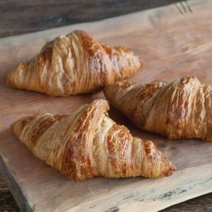 Cannich Stores : Traditional Croissant